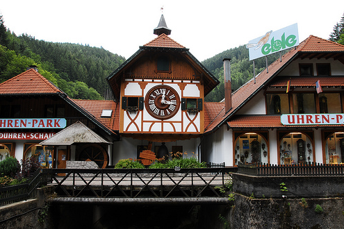 What is The Worlds Largest Cuckoo Clock?