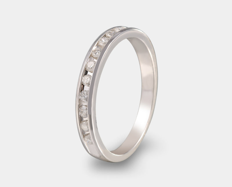 Anillo churumbela con diamante. Chrurumbelas con diamante.