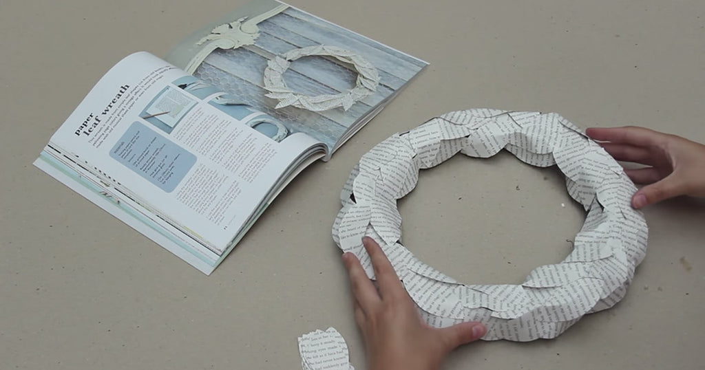 How to make a paper leaf wreath