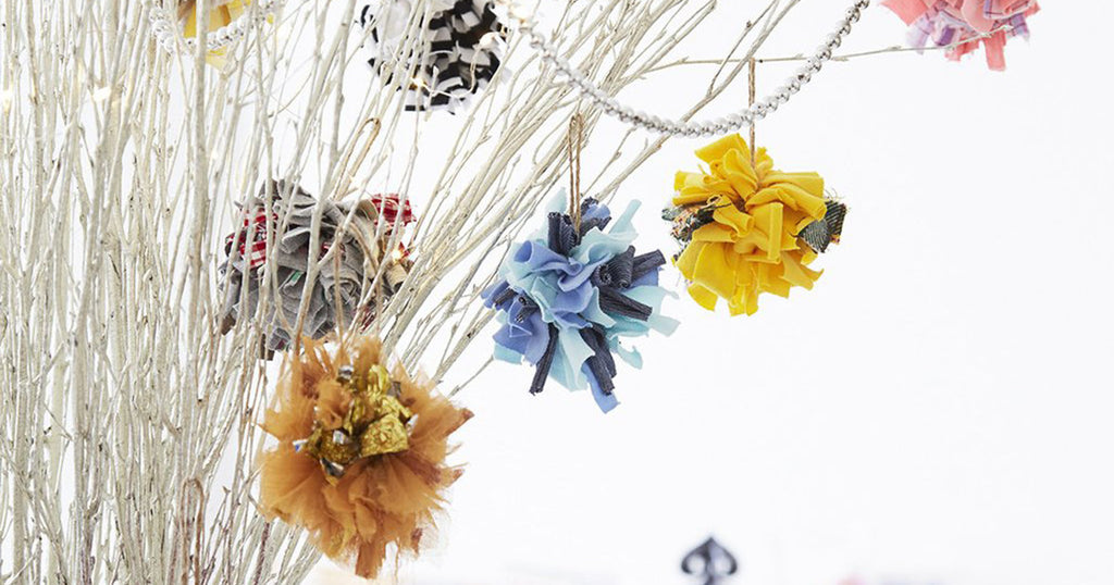 How to make fabric Christmas baubles
