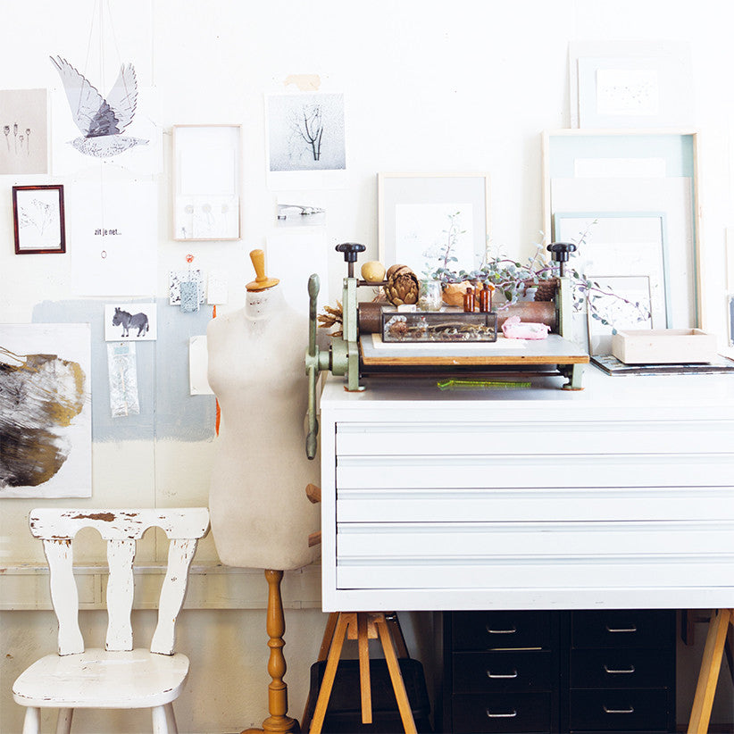 Maker Spaces White Artistic Craft Room