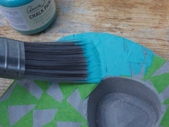 Painting the concrete planter with Annie Sloan chalk paint