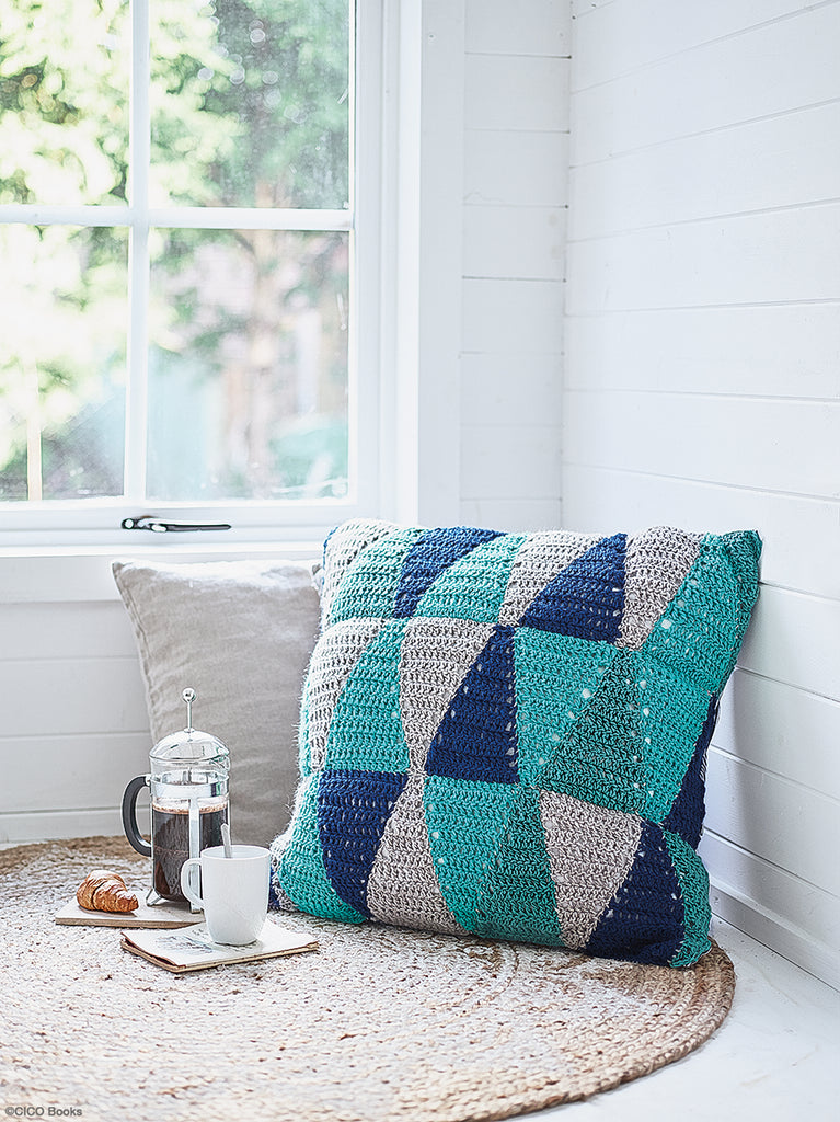 Modern Crocheted Blankets, Throws & Cushions