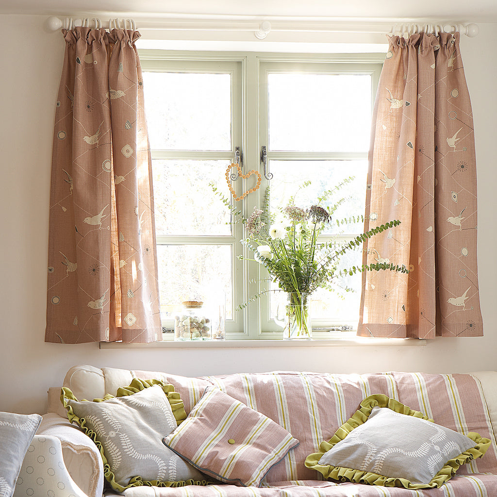 making curtains, simple unlined curtains