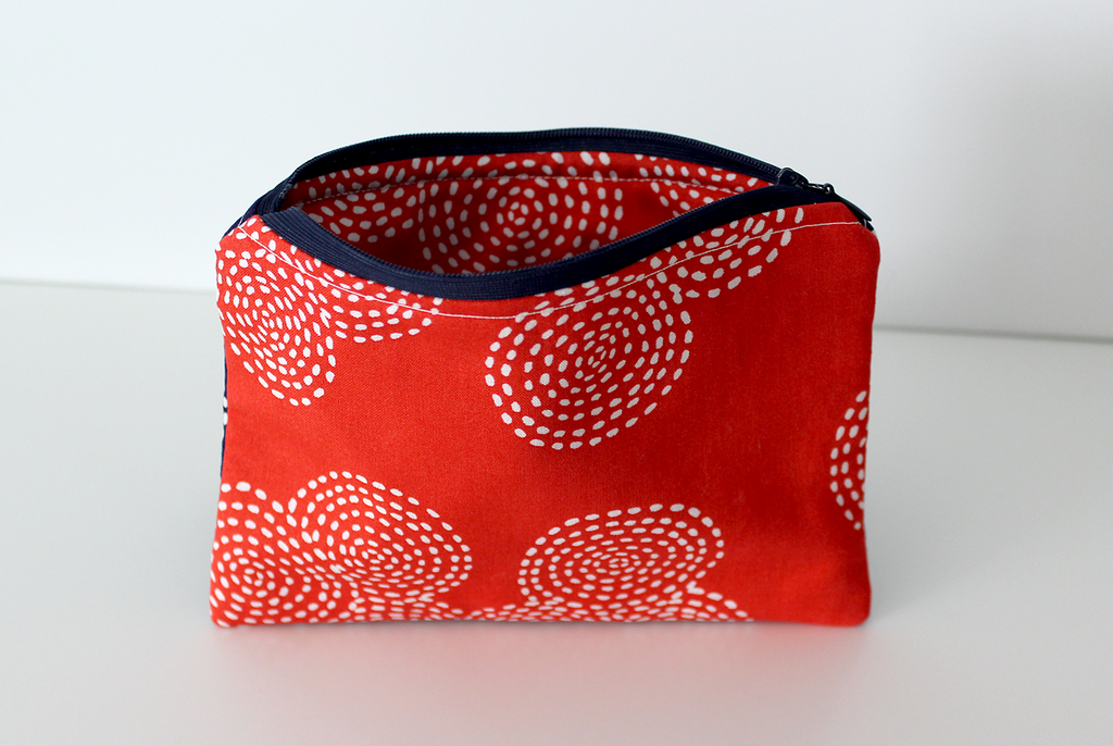 Zipper Bag - Red/Navy Circles Half-n-Half