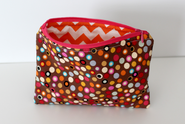 Zipper Bag - Brown Dots/Orange Zig Zags