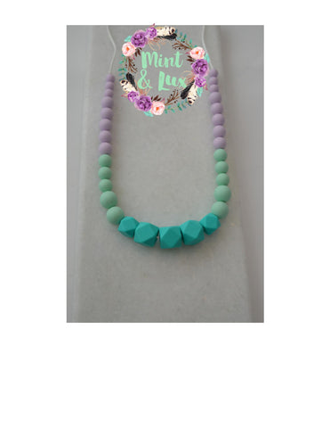 The Mint & Lux Teething Necklace