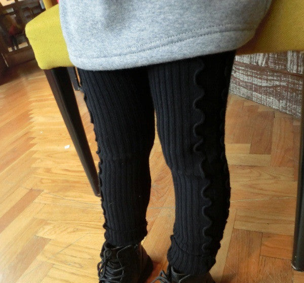 Warm Ruffle Leggings
