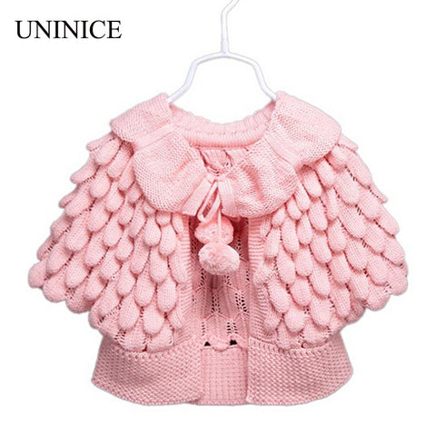 Girls Apple Knit Shawl