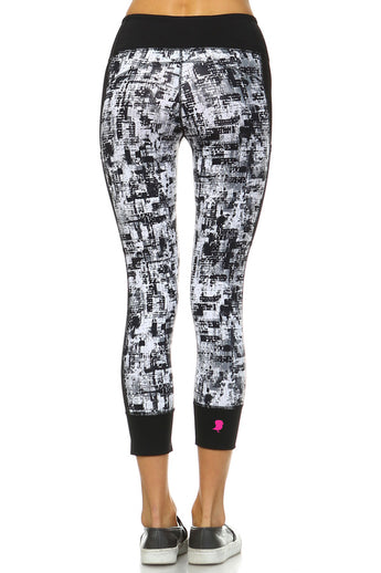 Monochromatic Graffiti Capri Legging