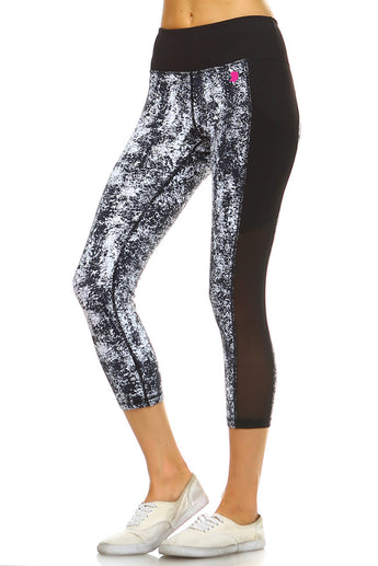 Yoga Chick Monochromatic Capri Leggings