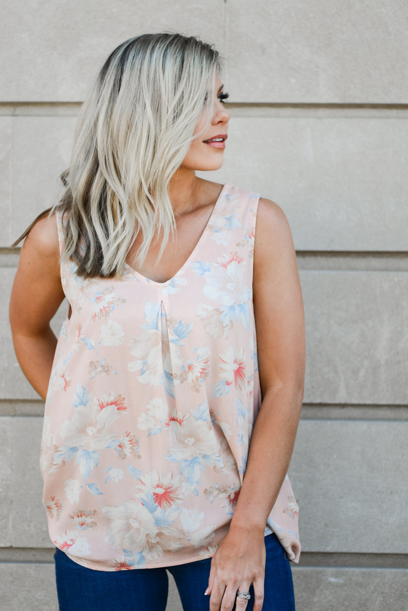 Isla Floral Top {2 Color Options}