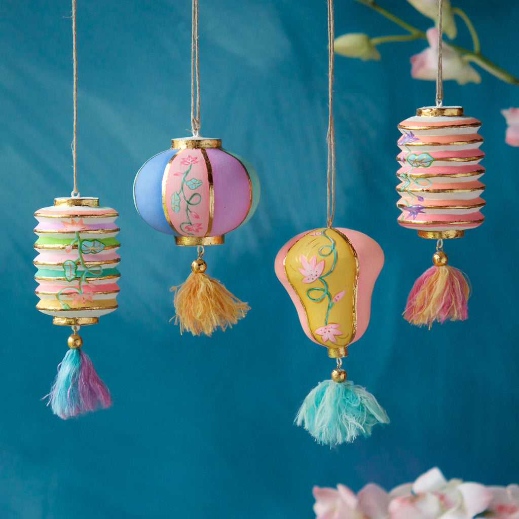 Wispy Lantern Ornament (4 Assortment)