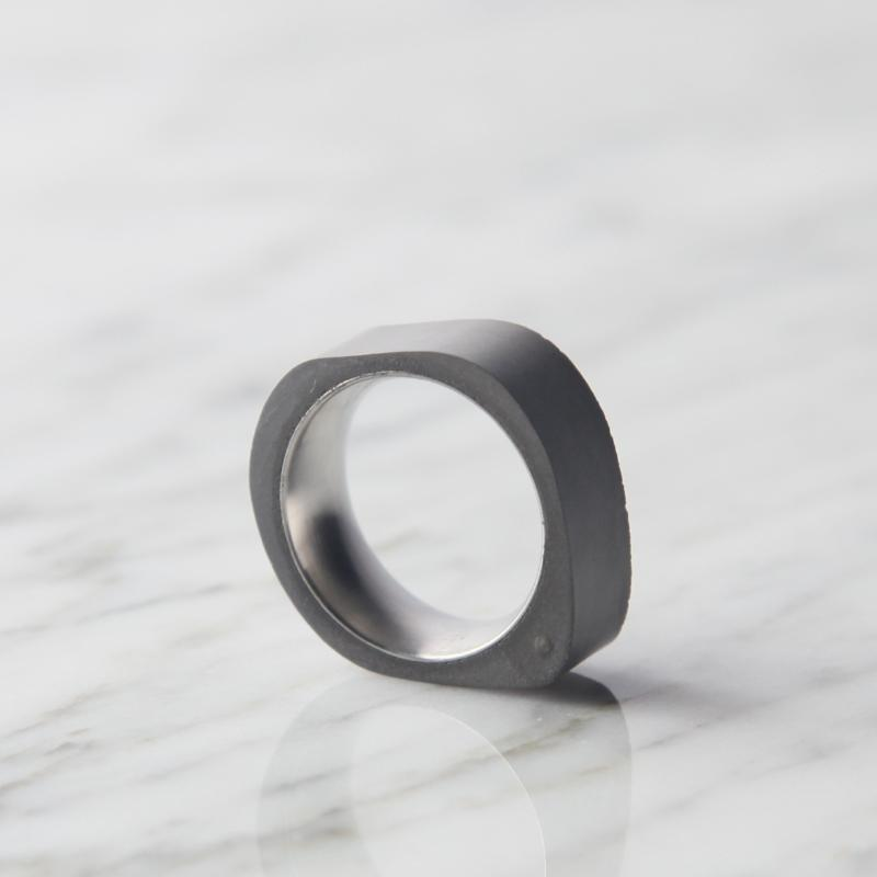 Concrete Ring - rounded