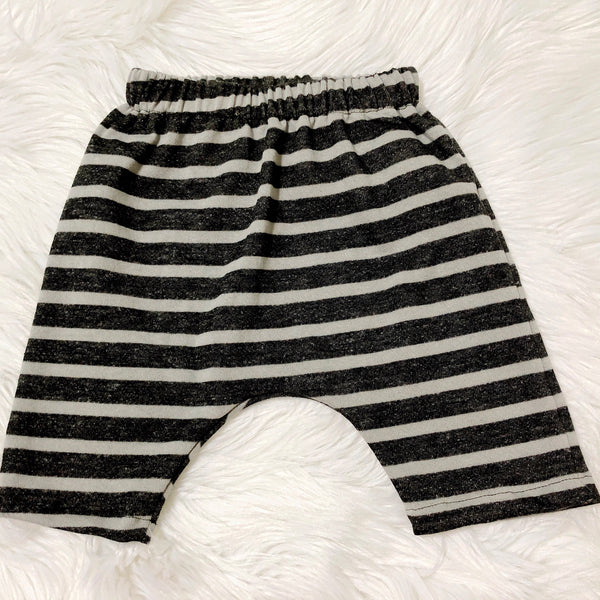 monochrome-striped-shorts-for-kids-by-pure-threads-co