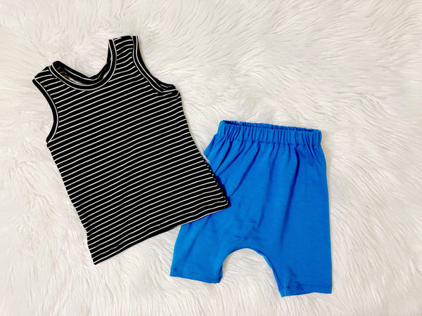 Monochrome stripe tank