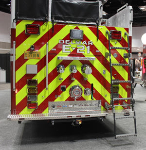 Quic-Ladder - 15 in. Width Swing Out & Down Vehicle Ladder