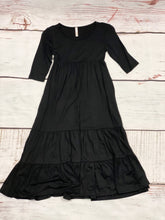 Load image into Gallery viewer, NEW Samantha Solid Long Sleeve Tiered Maxi Dress - Black