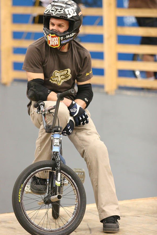 Dave Mirra on bike