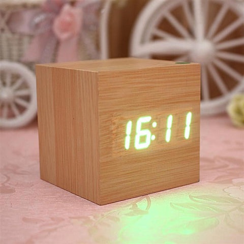 Table Clock | Wooden Cube Alarm - 4 Colors - Seahorse Mansion