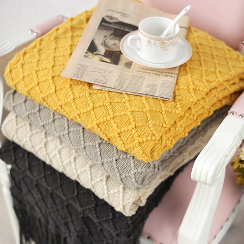 Blanket | Geometric Knit Throw - 4 colors - Seahorse Mansion