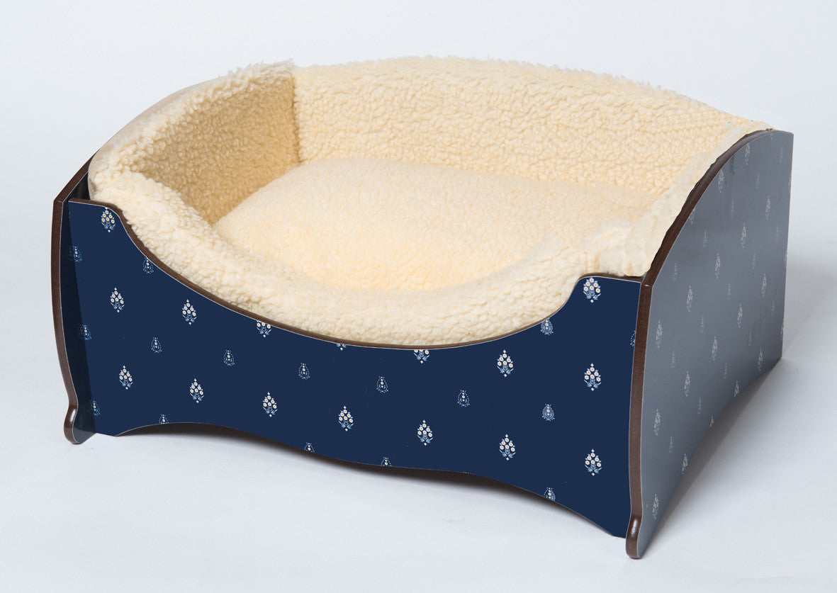 Handmade Luxury Pet Bed for Small Dogs or Cats (royal blue)