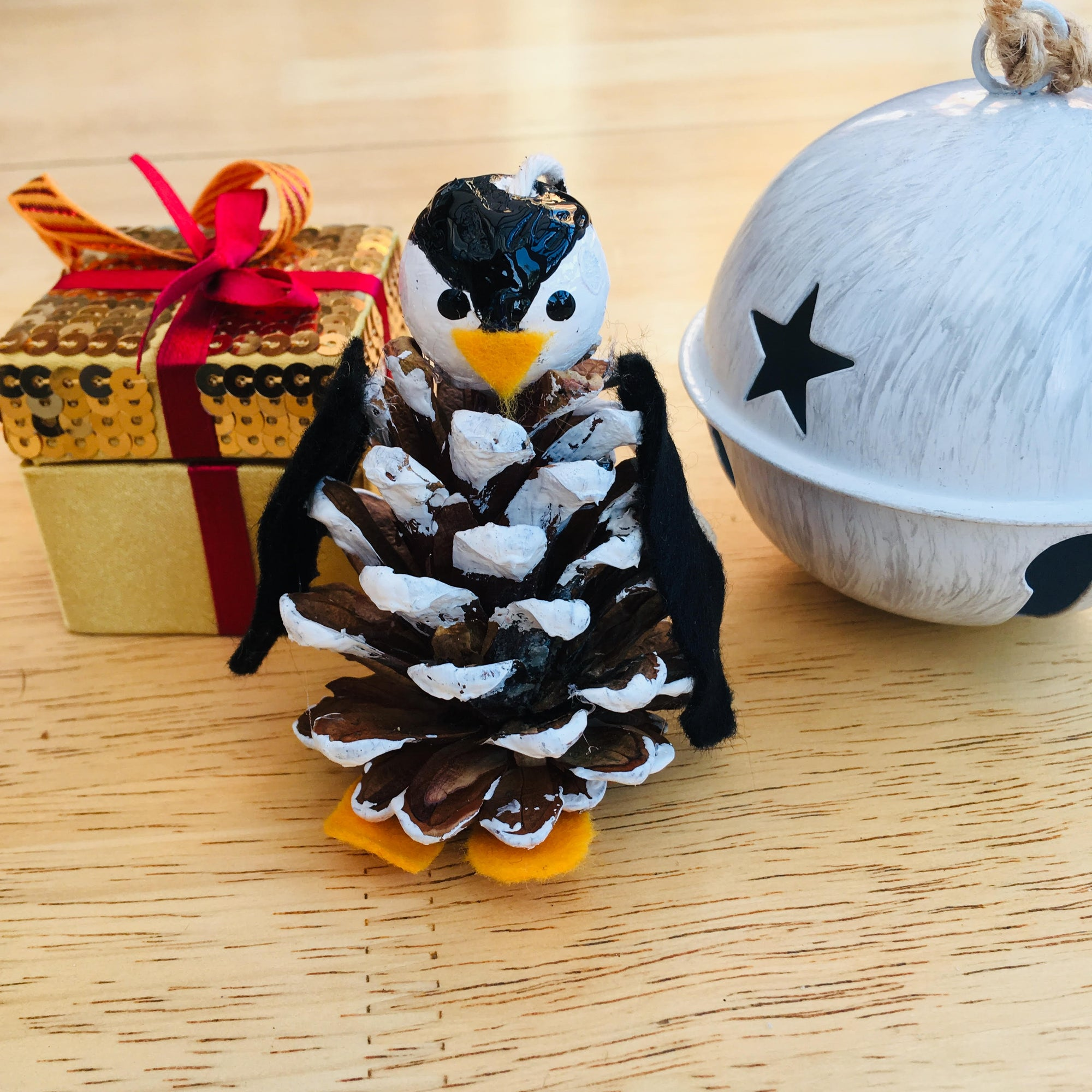 Make Your Own: Pine Cone Penguins