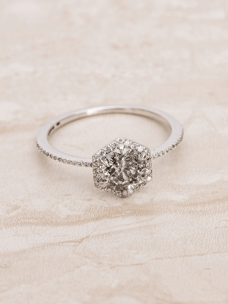 1.06 CT Natural Round Brilliant Cut Salt and Pepper Diamond for Engagement Ring