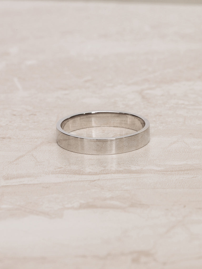 The Luca Ring- 4mm