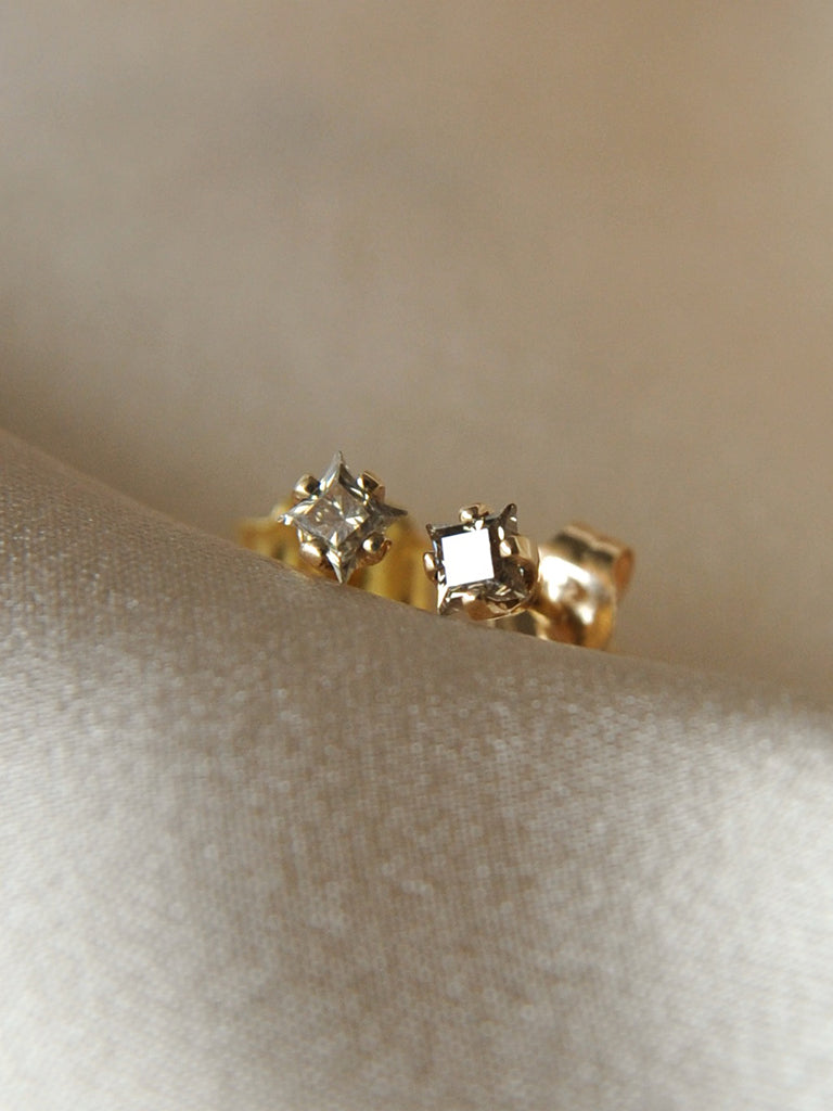 women studs stud gold diamond cute cut circle earrings yellow flat pave round anextweb for stylish