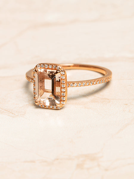 The Valentina Ring Setting (Emerald Cut)