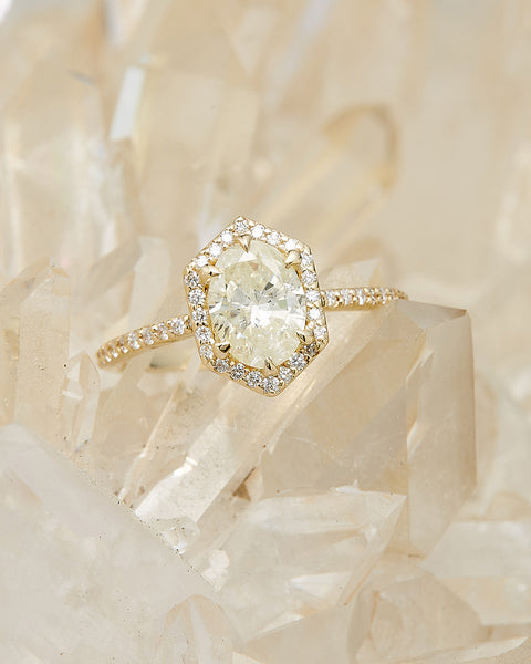 The Ophelia Ring Setting (Oval Cut)