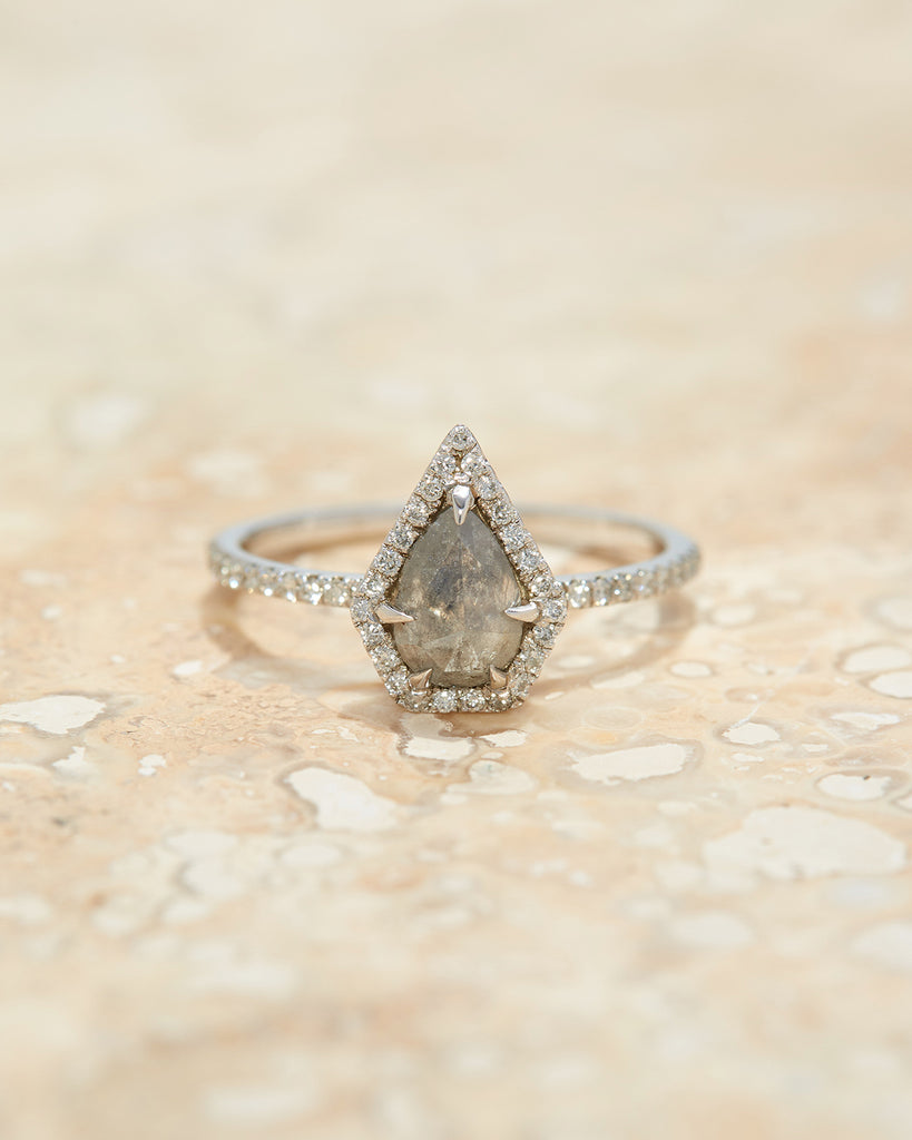 The Ophelia Ring Setting (Pear Cut)