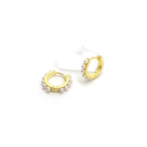 Petit Pearls Hoops