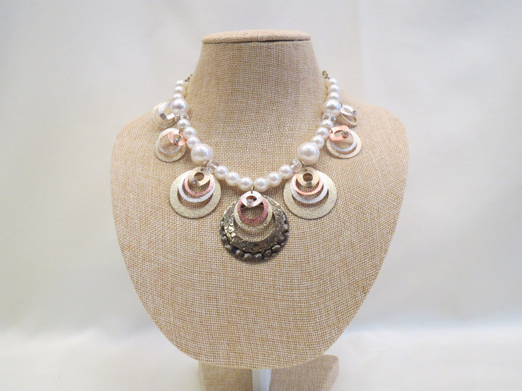 ADO | Pearl & Hoop Necklace