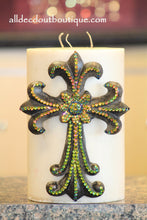 DECORATIVE CANDLE PIN EMBELLISHED