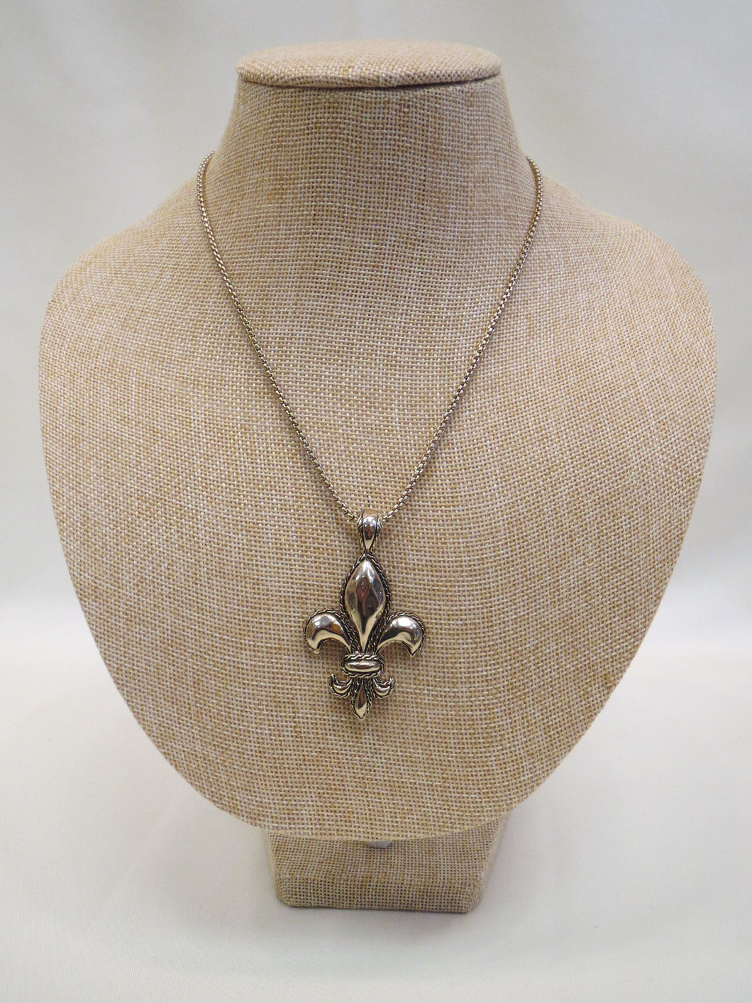 ADO Fleur De Lis Necklace Gold | All Dec'd Out