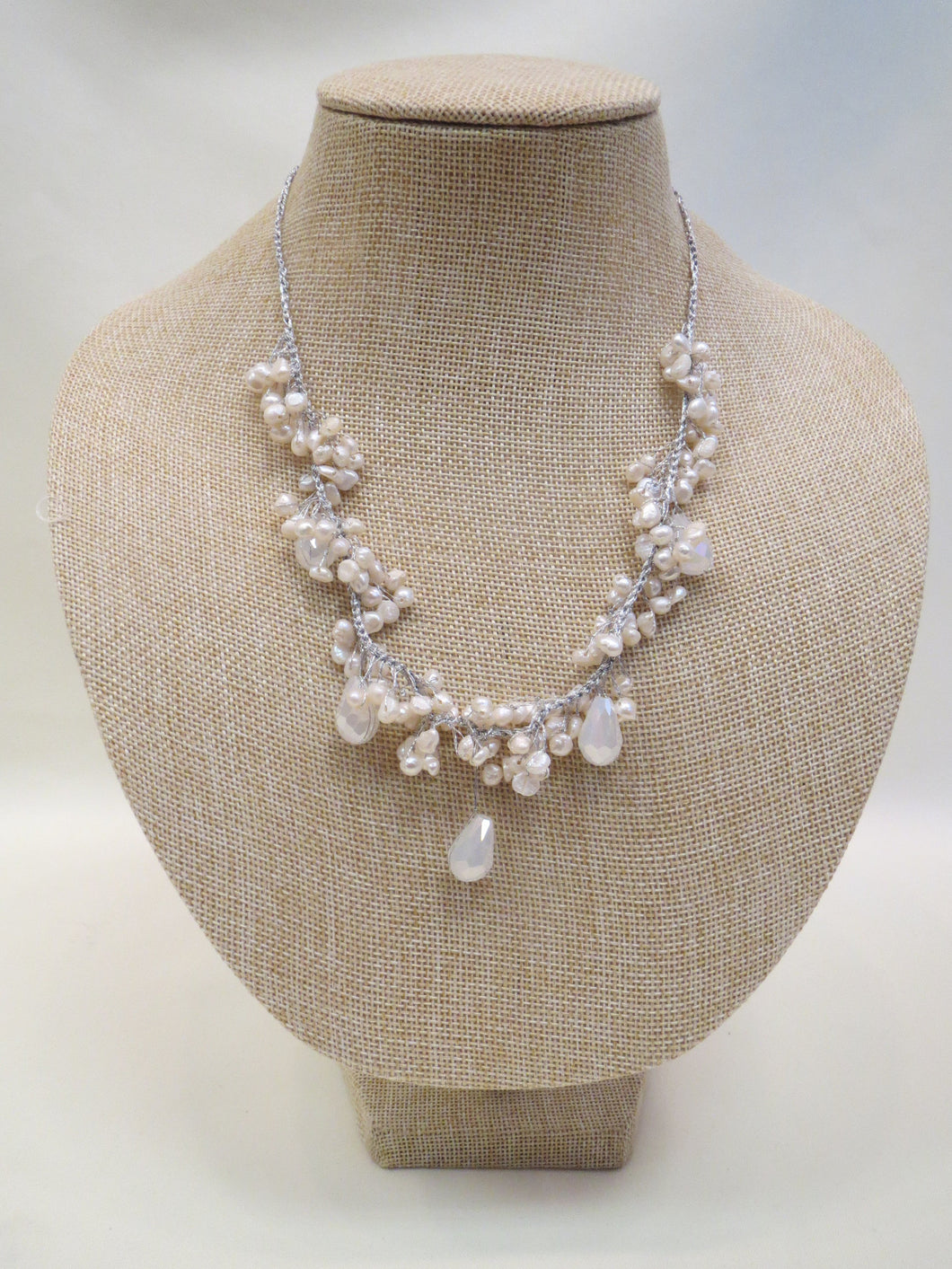 ADO | Silver Thread Necklace with Pearls