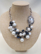 ADO | Vintage Pearl Necklace with Side Diamond