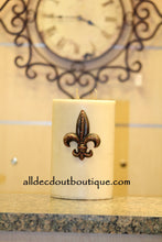 DECORATIVE CANDLE PIN EMBELLISHED Amber Crystals Medium Fleur De Lis