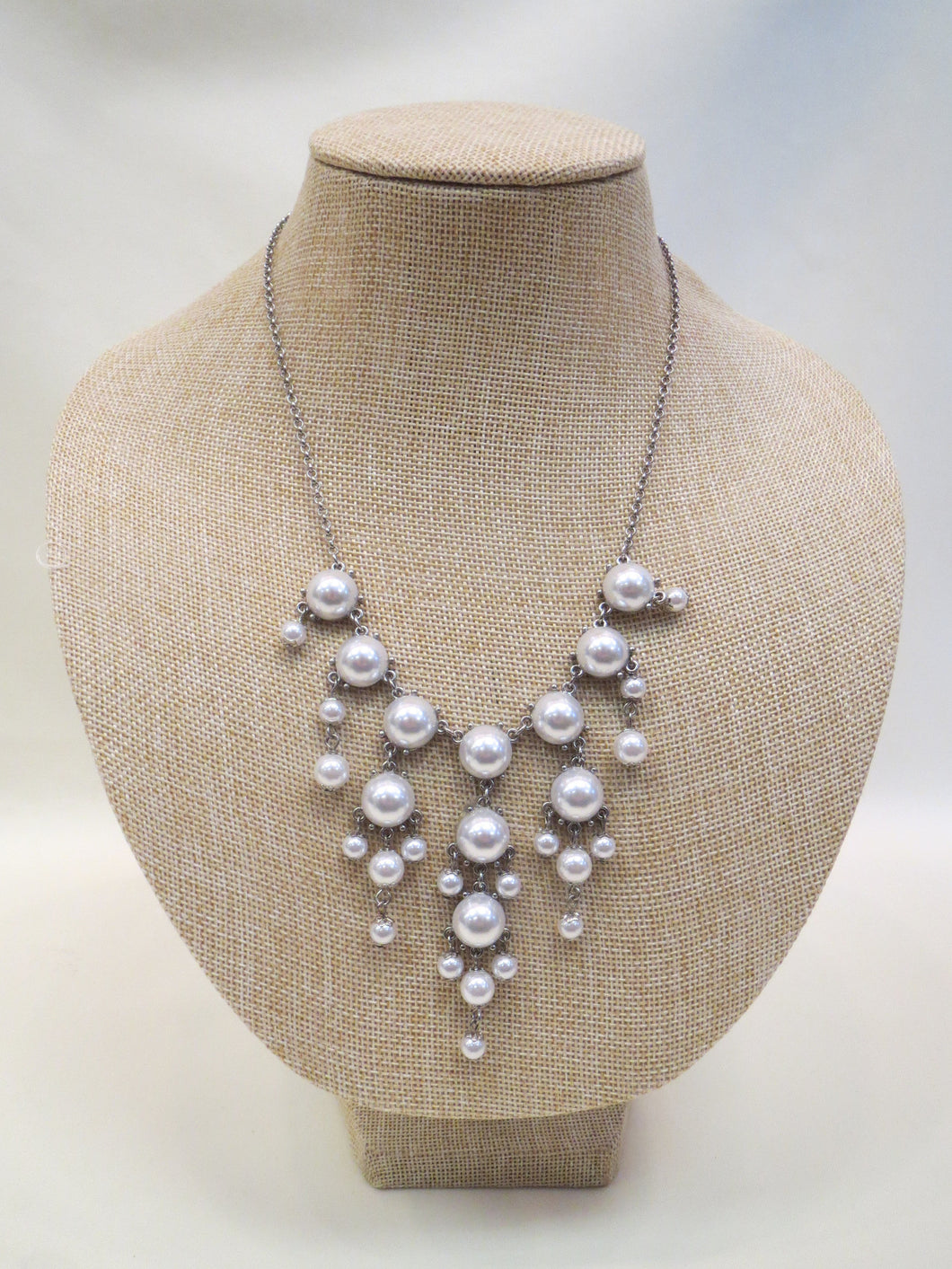 ADO | Bubble Necklace Small White - All Decd Out