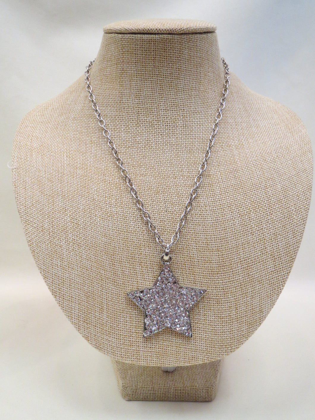 ADO | Embellished Star Necklace Silver - All Decd Out