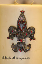 DECORATIVE CANDLE PIN EMBELLISHED Rose Red/Clear Crystals Large Fleur De Lis