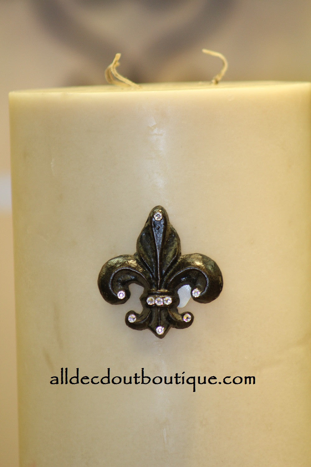 DECORATIVE CANDLE PIN EMBELLISHED Clear Crystals Small Fleur De Lis