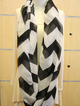 ADO | Infinity Black and White Chevron Scarf - All Decd Out