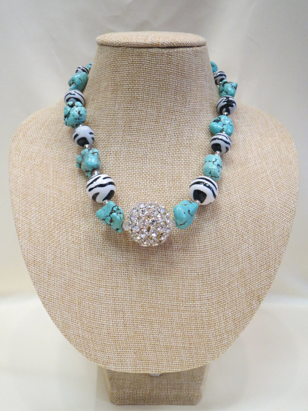 ADO | Zebra & Turquoise Beaded Necklace