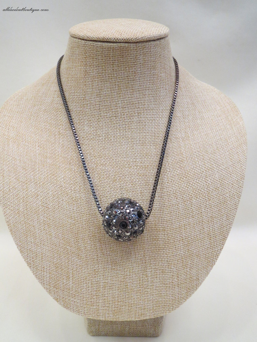 ADO | Grey/Black Necklace with Pendant - All Decd Out