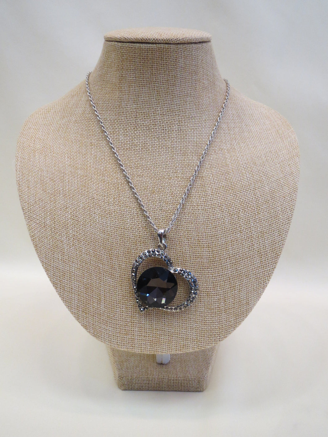 ADO | Heart Necklace with Black/Charcoal Stones - All Decd Out