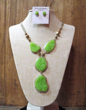 ADO | Green & Gold Gem Stone Necklace - All Decd Out