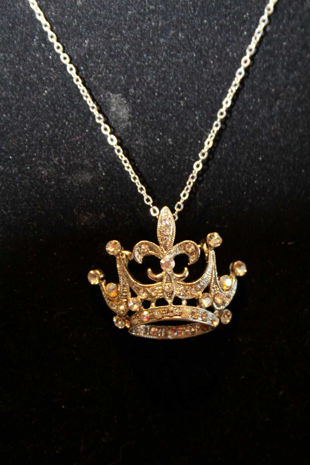 ADO | Crown Pendant Silver - All Decd Out